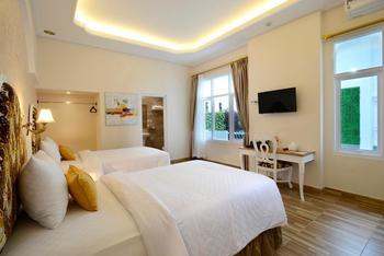 Sahira Butik Hotel Pakuan Syariah Bogor - Deluxe Twin Room Only Regular Plan