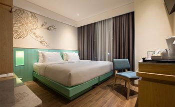 Hotel Santika Garut Garut - Superior Room Hollywood Offer Last Minute Deal