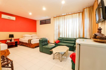 Hotel Pajajaran Malang - Family Room Regular Plan
