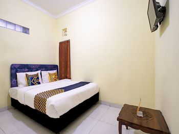 SPOT ON 2881 Nabila Homestay Yogyakarta - SPOT ON Double Regular Plan
