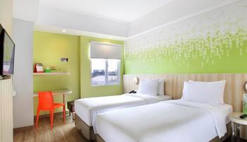 Zest Hotel Sukajadi Bandung - Zest Twin Room With Breakfast Regular Plan
