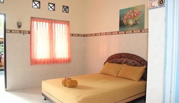 Sarma Homestay Bali - Superior Room only Minimum Stay 2 Night Discount 55%