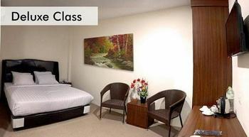 Superstar Hotel Dumai - Deluxe Room Regular Plan