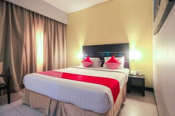 OYO 1729 I-shine Hotel Pekanbaru - Suite Double Regular Plan