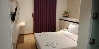 BLITZ HOTEL Batam Center Batam - Standard Double Breakfast Longstay Deals