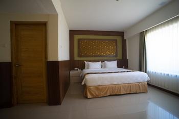 Luminor Hotel Banyuwangi Banyuwangi - Executive Double Room Only Regular Plan