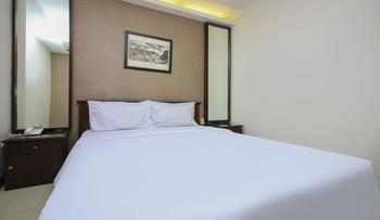 Sky Hotel Buah Batu 1 Bandung Bandung - Standard Double Room Only Non AC Regular Plan
