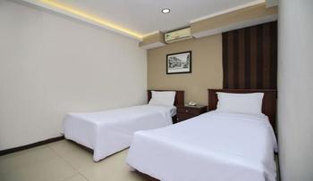 Sky Hotel Buah Batu 1 Bandung Bandung - Superior Twin Room Only Regular Plan