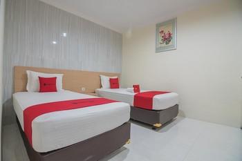 RedDoorz near MT Haryono Semarang Semarang - RedDoorz Room Regular Plan