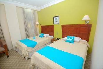 Airy Cihampelas 225 Bandung - Standard Twin Room With Breakfast Special Promo 42