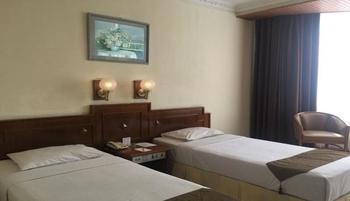 Baltika Hotel Bandung - Family Room With Breakfast Regular Plan