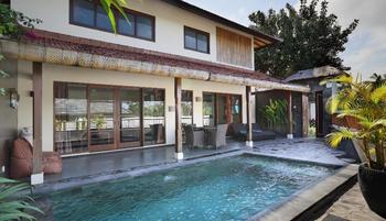 RedDoorz Villa @ Berawa Canggu