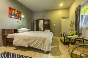 Nusalink Near Kota Bogor Bogor - Double Bedroom Best Deal