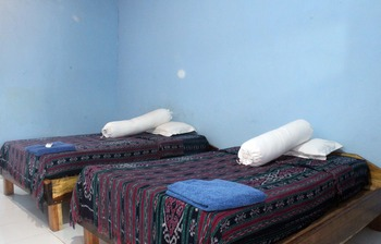 Duyung Rooms and Resto Lombok - Standard Double Room with Fan Breakfast NR Special Deal