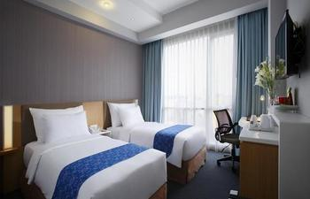 Hotel Grandhika Setiabudi Medan Medan - Deluxe Balcony Twin (Smoking) Regular Plan