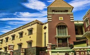 Amellia Pasteur Hotel