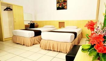 Front One Resort Magelang - Moderate Room Regular Plan
