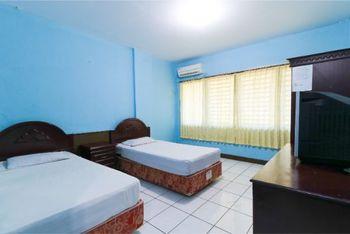 New Valentino Hotel Makassar - Deluxe Room KETUPAT