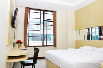 MP Hotel Jakarta - Deluxe Double Room Only Regular Plan