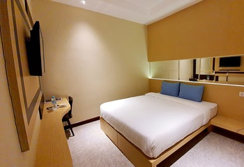 MP Hotel Kelapa Gading Jakarta - Promo Deluxe Bed Room Only Regular Plan