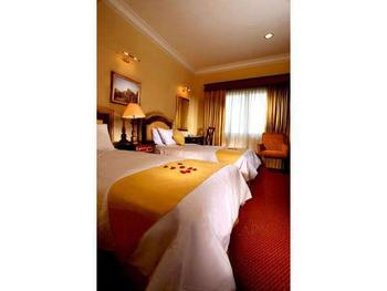 Blue Sky Pandurata Jakarta - Deluxe Twin or hollywood Bed Room Only Last Minute Deal