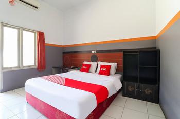 OYO 3340 Wisma Etiga Garut - Standard Double Room Early Bird Deal