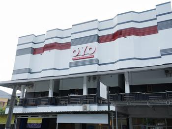 OYO 1624 Panjang Jiwo Residence