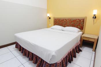 Hotel Palem Bandung - Deluxe (non AC) Super Saver!