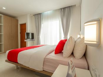 OYO 2510 Selasar Senggigi Guesthouse Lombok - Deluxe Double Room Regular Plan