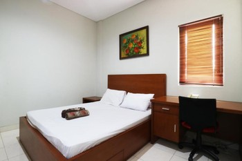 Sky City Home Bandung - Super Deluxe 2 adults Room Only FC Special Deal