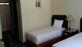 Hotel Tasia Ratu Pekanbaru - Deluxe Single  Regular Plan
