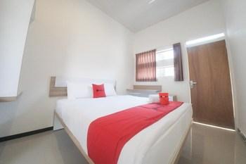 RedDoorz Syariah near Transmart MX Malang Malang - RedDoorz Room with Breakfast Regular Plan