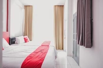 RedDoorz @ Jalan Sukabangun 2 Palembang Palembang - RedDoorz Twin Room Basic Deal