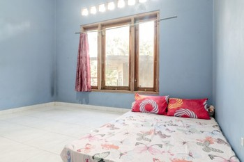 Serut 1 Homestay Jogja - Standard Double Room Only FC Stay More Pay Less