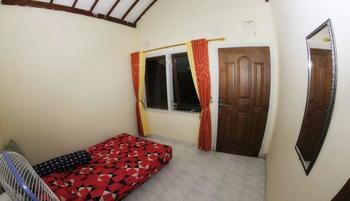 Cemara Homestay Maguwoharjo Yogyakarta - Kamar V Regular Plan
