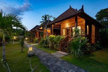 The Cozy Villas Lembongan by WizZeLa Lembongan - Hut Garden View 24 Hours Deal