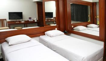 Wirton Dago Hotel Bandung - VIP Twin Bed Regular Plan