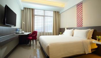 Hotel Santika Premiere ICE BSD City - Deluxe Room King Special Promo Last Minute Deal