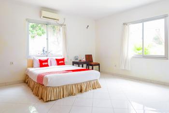 OYO 1967 Hotel House of Eva Syariah Jakarta - Standard Double Room Regular Plan
