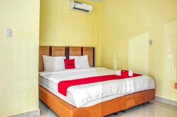 RedDoorz @ Jalan Kapten Muslim Medan Medan - RedDoorz Room Regular Plan