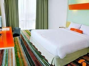HARRIS FX Sudirman - HARRIS Room With Double Breakfast Basic Deal 25% Jan
