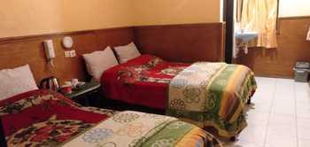 Cemara Indah Hotel Probolinggo - Standard Twin Room Regular Plan