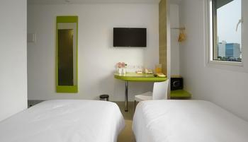 Amaris Hotel Fachrudin - Tanah Abang - Smart Room Twin Staycation Offer  Room Only Regular Plan