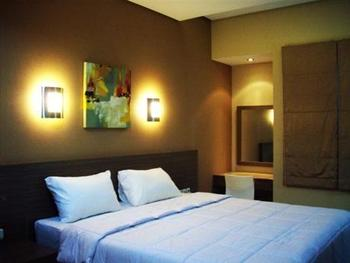 Tirta Mansion Tangerang - Madrid Room Regular Plan