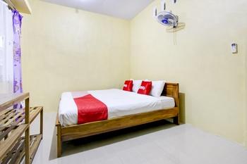 OYO 3500 D'chandra Family Syariah Lamongan - Standard Double Room Regular Plan