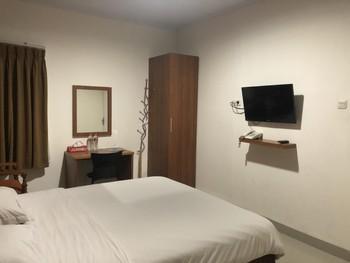Hotel Kenari Pantai Makassar - Standar Room Breakfast FC Special Deal