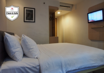M Hotel  Jakarta - Deluxe Room With Breakfast LAST MINUTE PROMO 25% OFF WITH BREAKFAST