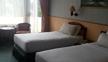 Yasmin Resort Puncak - Deluxe Twin Bed Room Regular Plan