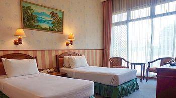 Yasmin Puncak Hotel Cianjur - Deluxe Room Only Regular Plan