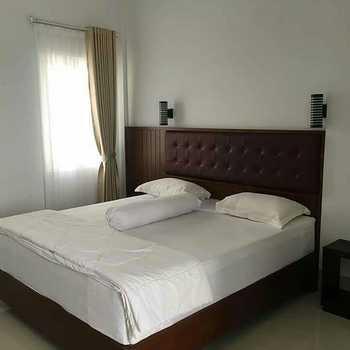 Madina Guest House Palangkaraya Palangka Raya - Deluxe Room Regular Plan
